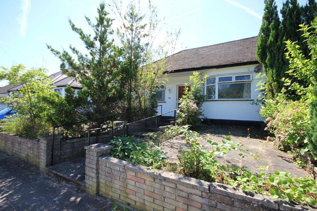 Highview Gardens, Edgware, HA8 9UF